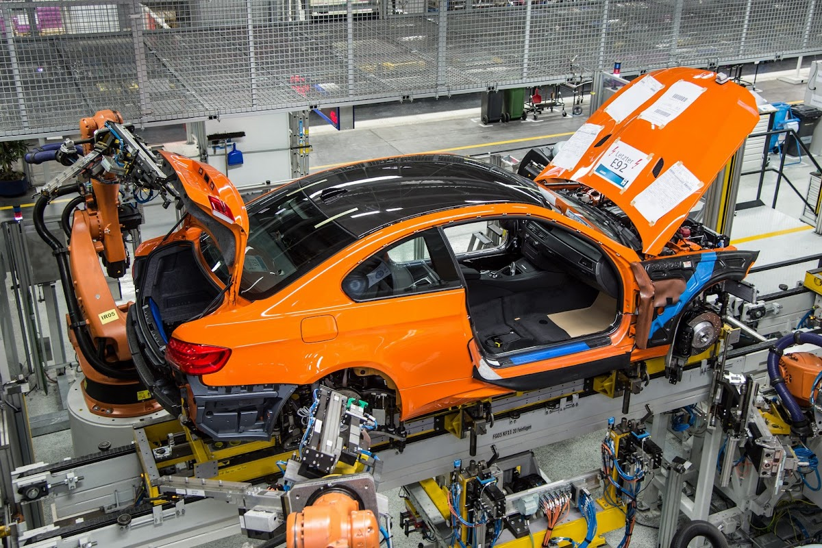 Where Are Bmw Made >> Last Bmw M3 Coupe Rolls Off The Production Line Marking The End Of