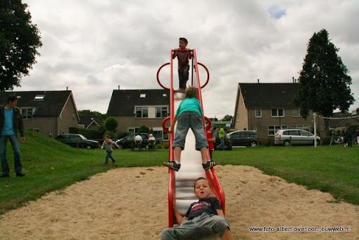 buurtvereniging de pritter kindermarkt 03-07-2011 (8).JPG