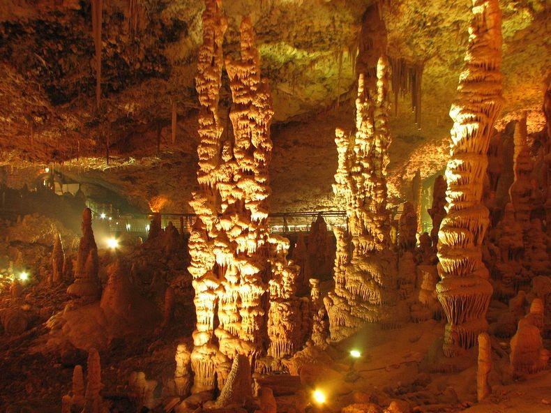 الكهف واحدة من الأكثر إثارة للإعجاب avshalom-cave-7%5B