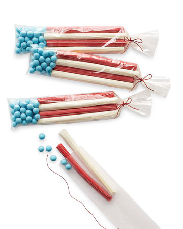 A spirited holiday celebration calls for a fun take-home treat, like this goody bag of candies arranged to resemble the American flag. <http://www.marthastewart.com/photogallery/patriotic-crafts#slide_4>