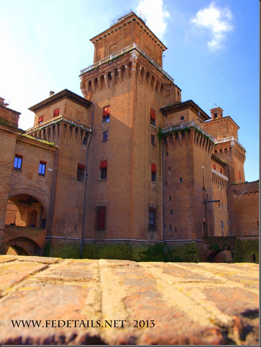 Castello Estense, photo2, Ferrara, EmiliaRomagna,Italy - Property and Copyrights of FEdetails.net