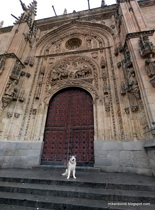 P1100654-661_stitch Munson at cathedral door