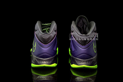 lebrons soldier7 purple volt 48 web black The Showcase: Nike Zoom LeBron Soldier VII JOKER