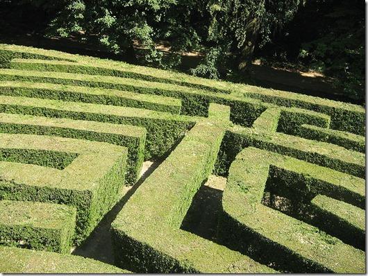 800px-Labirinto_villa_Pisani_2