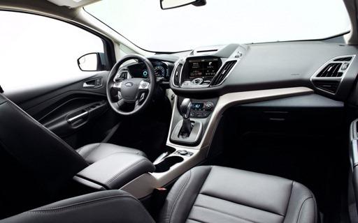 2013-Ford-C-Max-Hybrid-interior