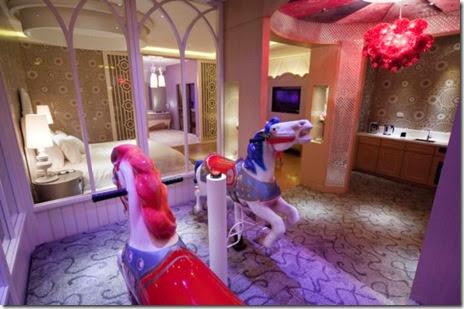 japanese-love-hotel-021