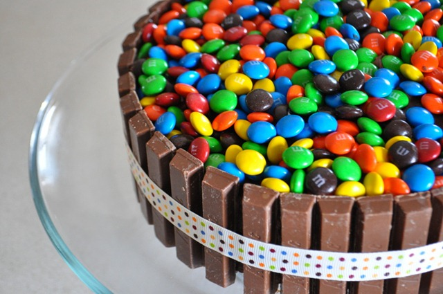 50 m&m birthday cake