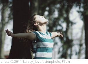 'Praise belongs to the King' photo (c) 2011, kelsey_lovefusionphoto - license: http://creativecommons.org/licenses/by/2.0/