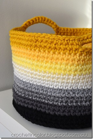 free crochet pattern ombre basket with handles
