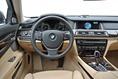 2013-BMW-7-Series-82