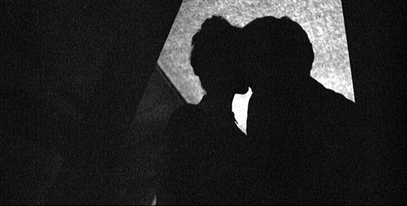 158. kising in the dark