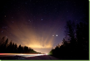 winter_night_sky_road_finland-3