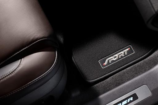 2013-Ford-Explorer-Sport-21.jpg