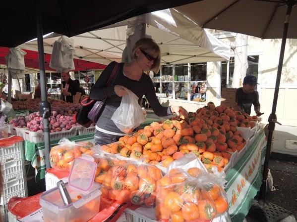 Farmers Market 04