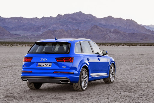 Audi-Q7-New-2016-13.jpg