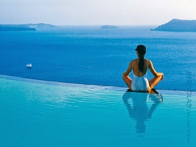 greece_santorini_perivolas_infinity_pool