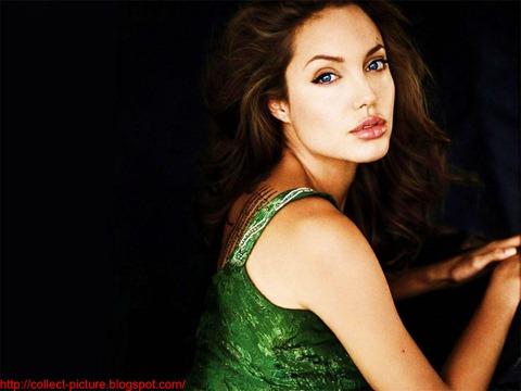 Angelina Jolie Pictures (17)