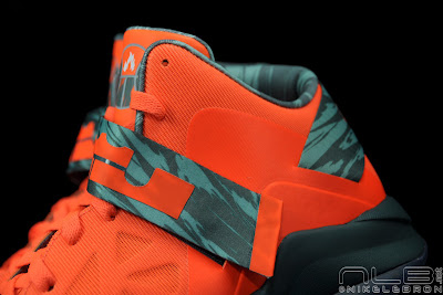 lebrons soldier6 orange camo 40 web black The Showcase: Nike Zoom Soldier VI Orange & Hasta Camo