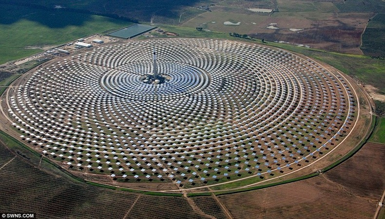 gemasolar-power-plant-1