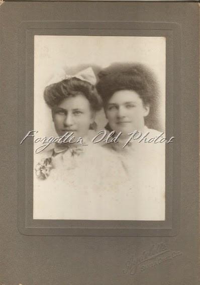 Pierce sisters CP