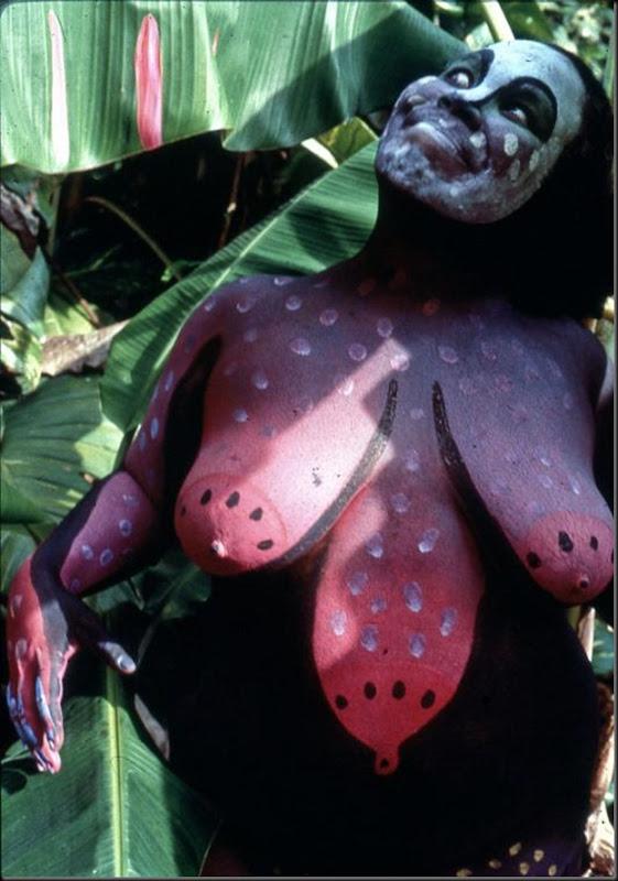 Performance realizado en contacto directo con la naturaleza - 1990 - Cotorro, La Habana
