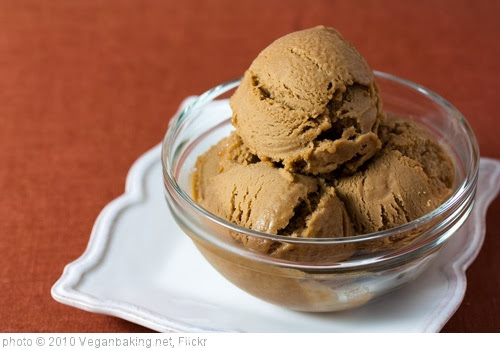 'Vegan Hazelnut Coffee Ice Cream' photo (c) 2010, Veganbaking.net - license: http://creativecommons.org/licenses/by-sa/2.0/
