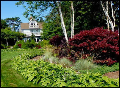 01f - Hiking the Shore Path - beautiful homes and gardens