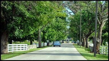 01b - KHP Entrance Drive