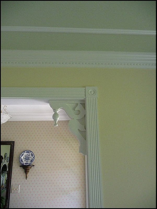 spice cupboard and living room molding 006 (600x800)