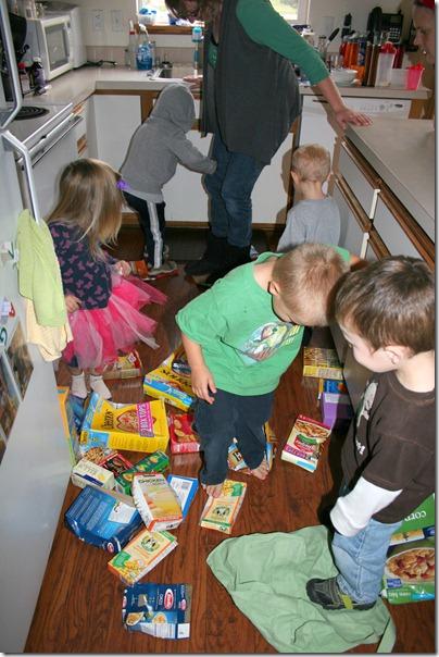 2012-10-04 Tot School Groceries (4)