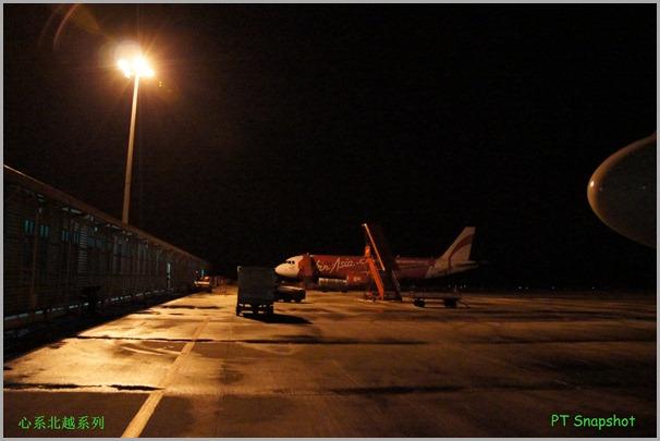 夜间的飞机场