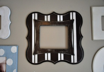 Rectangle Bracket Frame with stripes