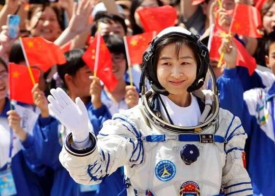 Shenzhou- Liu Yang_04