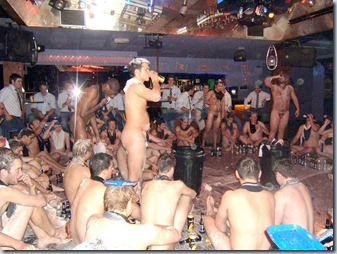 rugby-lads-drunk-naked