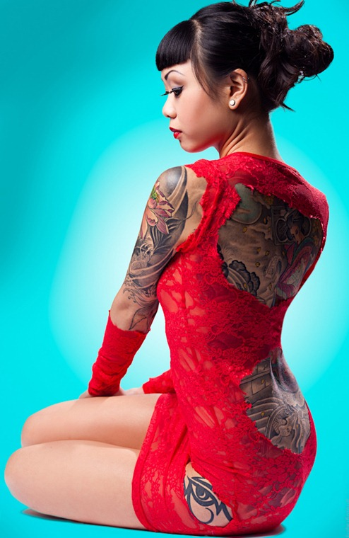 awesome_tattooed_beautiful_women_12