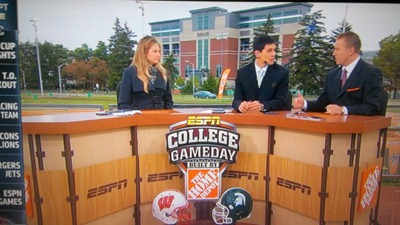 erin_andrews_espn_college_gameday_michigan_state