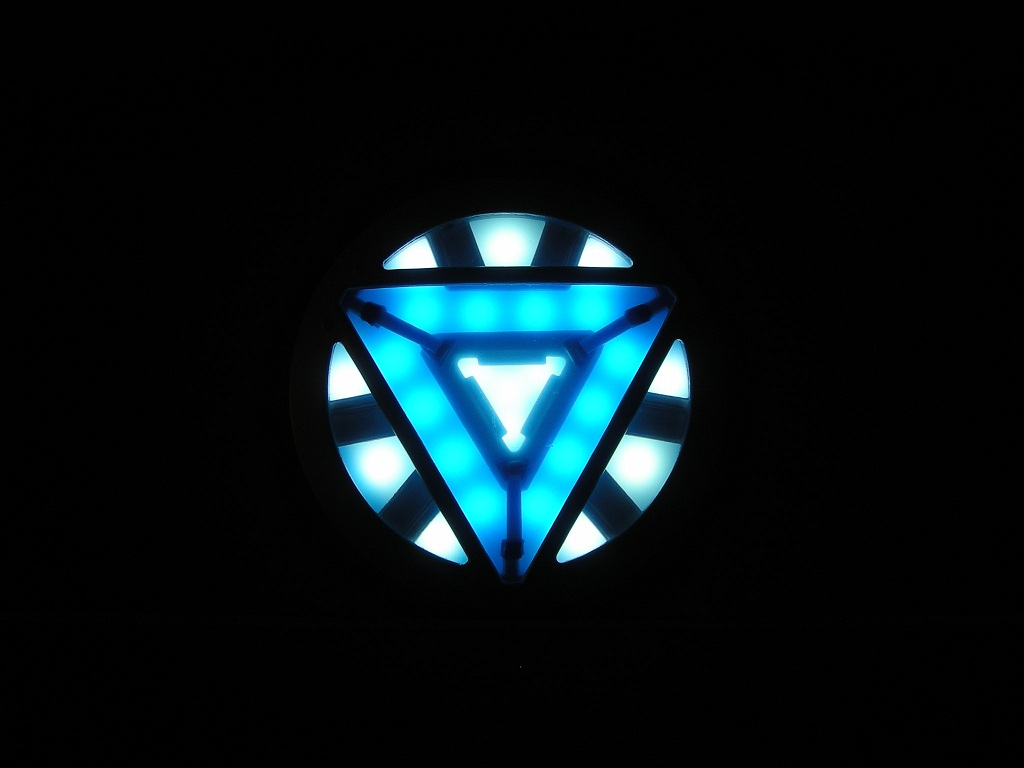Red Arc Reactor Wallpa...