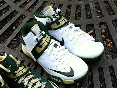 nike zoom soldier 6 pe svsm white home 2 01 Nike Zoom LeBron Soldier VI Version No. 5   Home Alternate PE