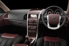Mahindra-XUV500-interiors