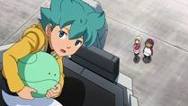 [sage]_Mobile_Suit_Gundam_AGE_-_02_[720p][10bit][26F41121].mkv_snapshot_06.27_[2011.10.15_11.46.43]
