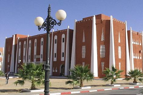 تعالو معي في كل مرة ولاية جديدة..................... siege_wilaya_adrar_9