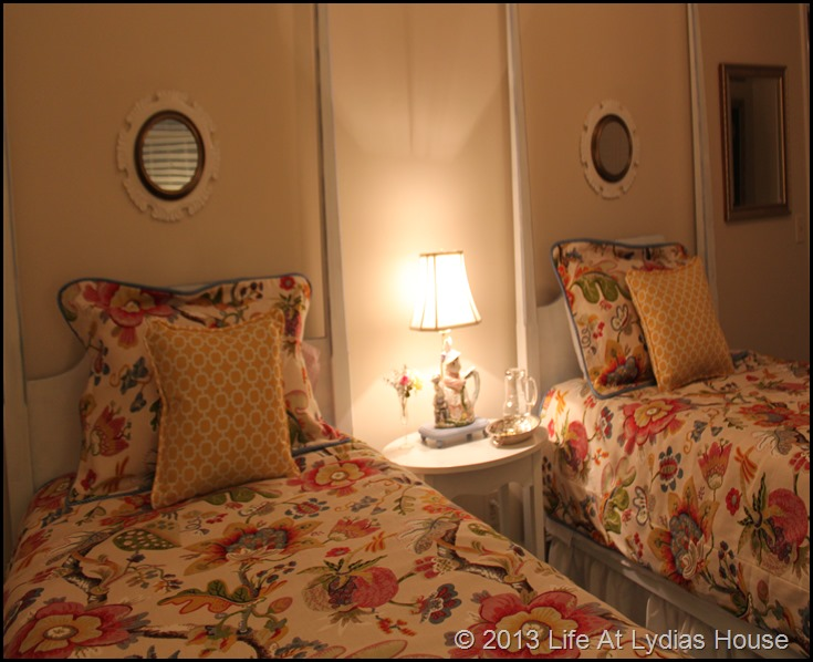 twin beds 2