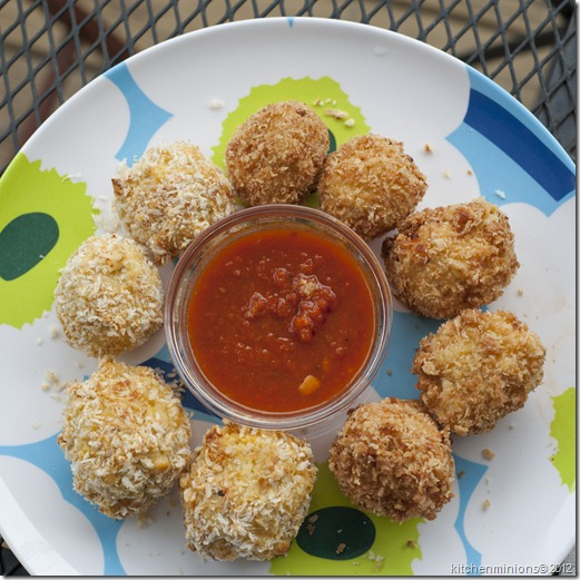 Mac and cheese balls8