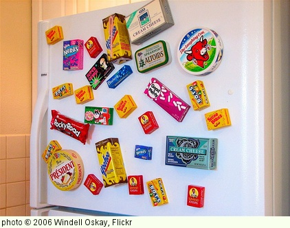 'Refrigerator magnets' photo (c) 2006, Windell Oskay - license: http://creativecommons.org/licenses/by/2.0/