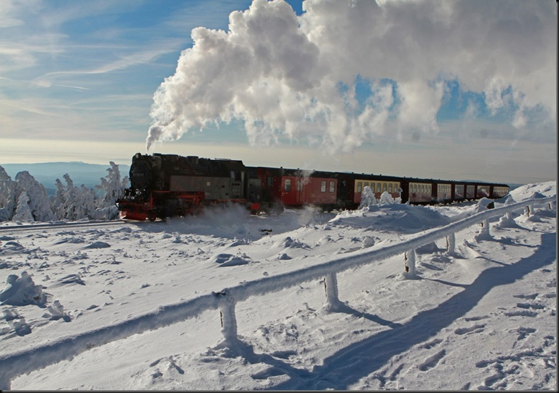 GERMANY WEATHER SNOW RAILWAY