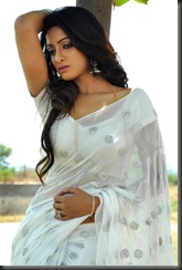 udaya_bhanu_exclusive_stills