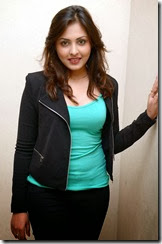 Madhu_shalini_new_stylish_photo