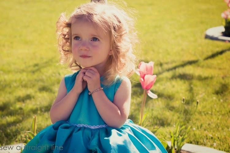5 & 10 designs princess dress sew a straight line-17