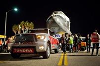Toyota-Tundra-Tows-Endeavour-3