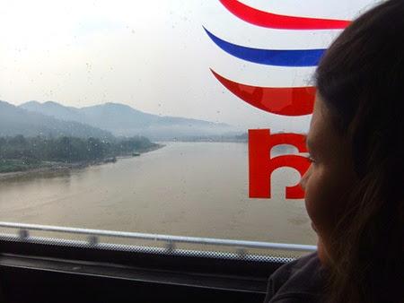 puente sobre elMekong entre Chiang Khong y Huay Xai